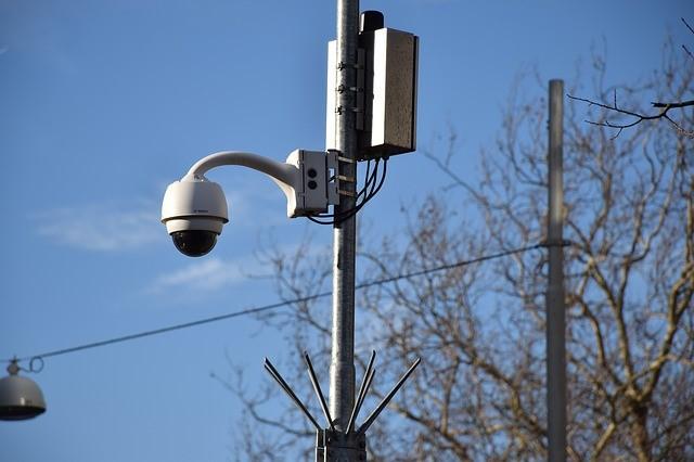 Социологи узнали, как москвичи относятся к распознаванию лиц на улице